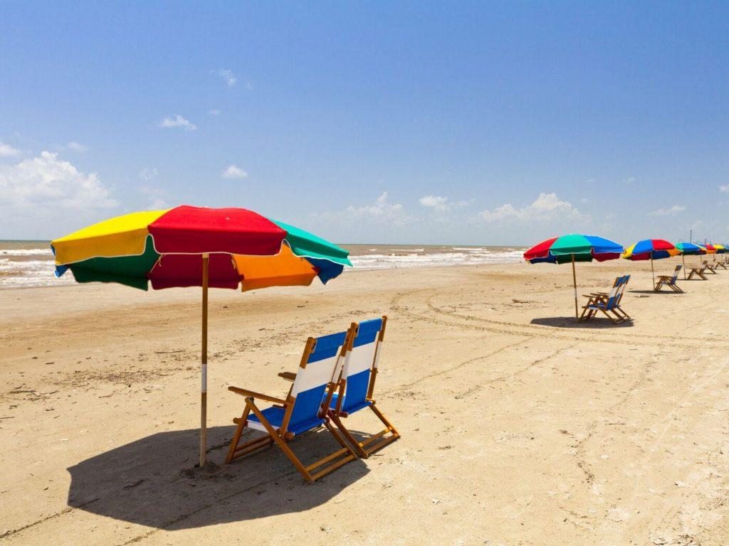 moving to houston beaches
